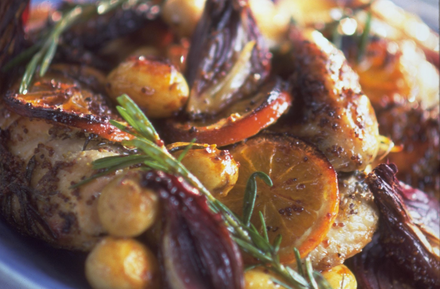 Baked chicken recipe with potatoes and onion