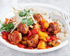 Chicken meatballs recipe in sweet and sour sauce 2022