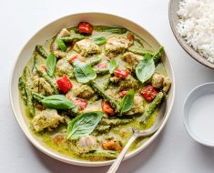 Chicken recipe with green curry
