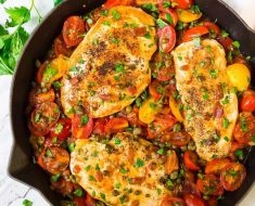 Chicken recipe cooked with tomato 2022